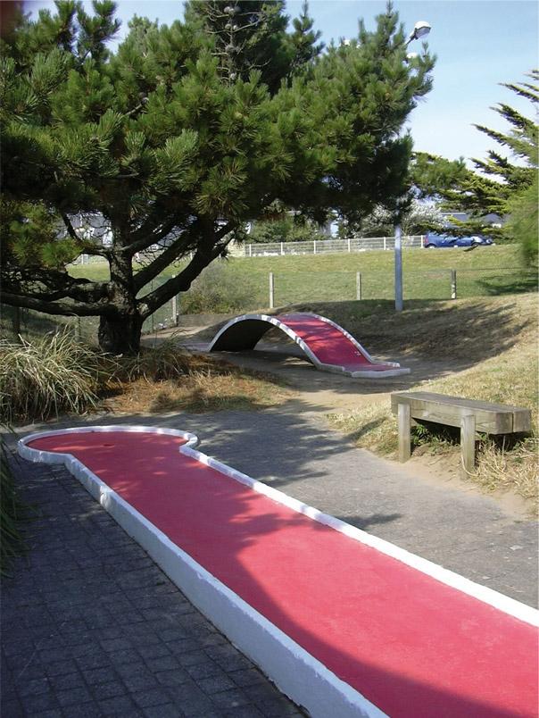Mini-golf Morbihan ; loisirs Bretagne ; Groix
