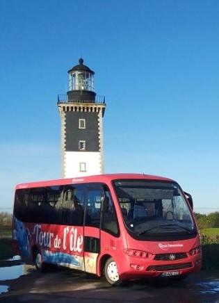 bus-cars-roug-80150